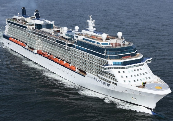 """Celebrity Silhouette"", do Celebrity Cruises regressa revitalizado"