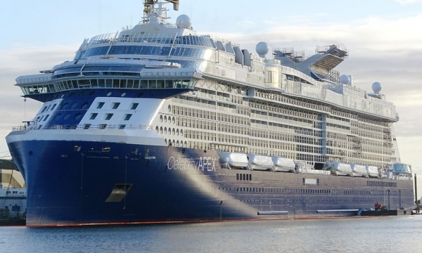 """Celebrity Apex"", da Celebrity Cruises, pronto para navegar pelos mares do mundo"