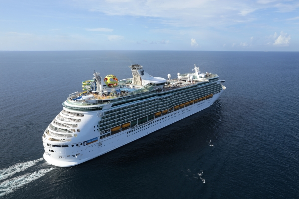 Royal Caribbean apresenta o primeiro destino carbo neutro do mundo