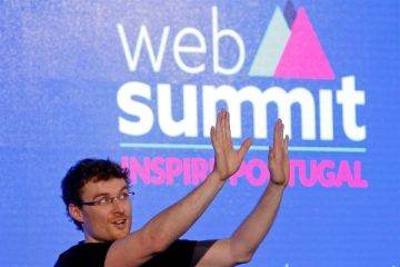 Web Summit decorre, envolta em polémicas, mas só via internet